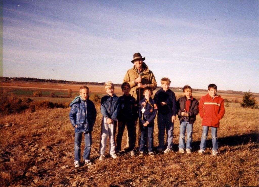 Scouts on 3 Mounds